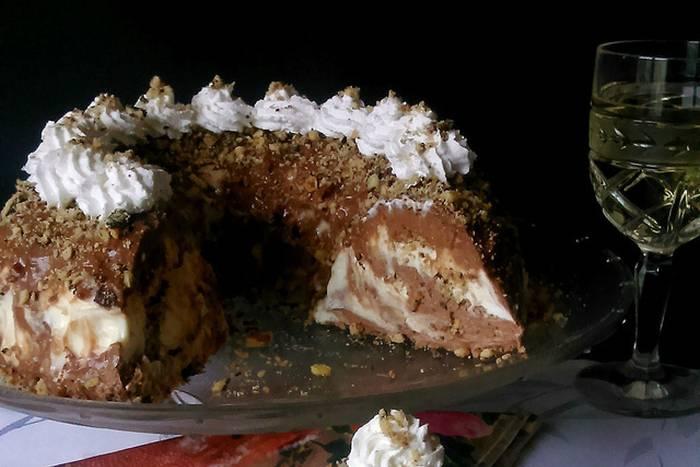 LEDENI VIJENAC: Fantazija od kolača, a priprema se bez puno muke!